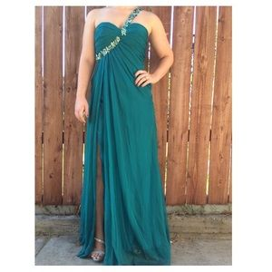 La Femme evening gown ✨